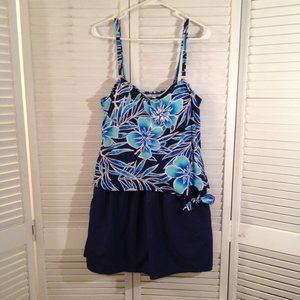 White Stag 1X 16W Blue Floral Swimdress/shorts